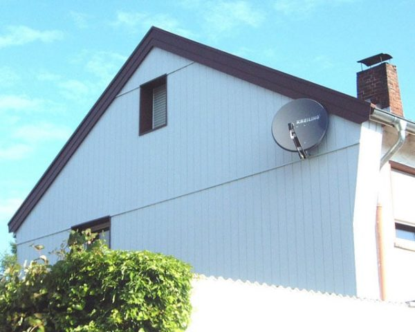 Dachdecker & Klempner Hennef - Allwetterpaneele - Hinterlüftete Außenwandverkleidung