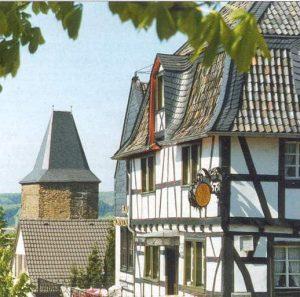 Dachdecker & Klempner Hennef - Schiefer - Dach mit Schiefer unter Denkmalschutz