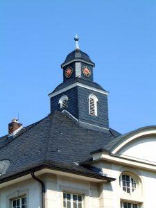 Dachdecker & Klempner Hennef - Schiefer - Turmeinkleidung Rathaus Hennef