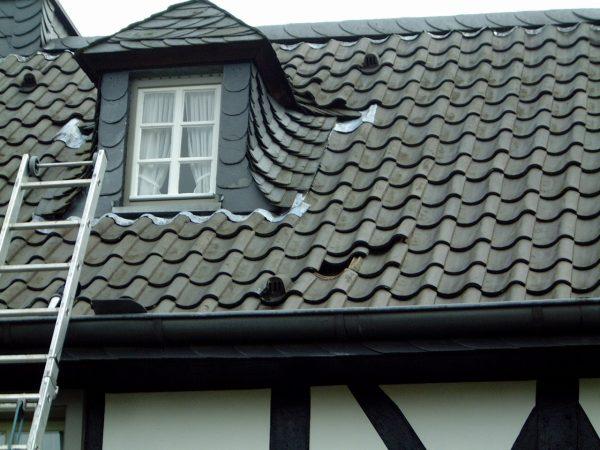Denkmalschutz - historisch - Schiefer - Hohlziegel - Dachdecker - Hennef